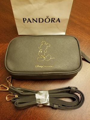 Photo Pandora Disney's Mickey Mouse Crossbody - Wristlet Bag