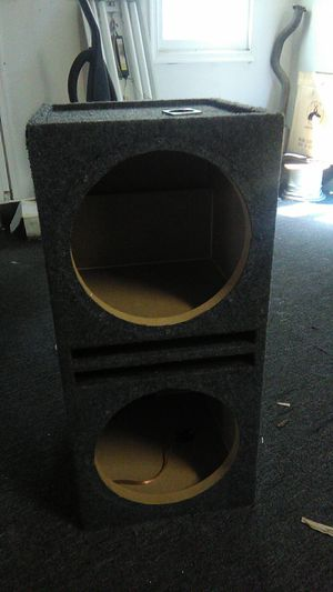 Box speakers 12 inch for Sale in Clinton, MD