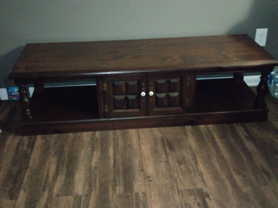 Coffee Table with cabinet
