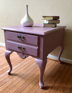 Side table for Sale in Gainesville, VA