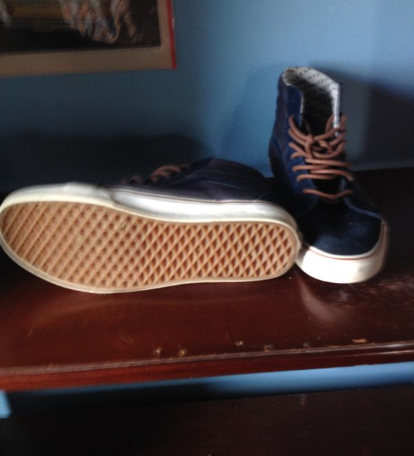 Old school vans. Size 10 Great condition (Clothing   Shoes) in Mount  Sterling 26b3be507