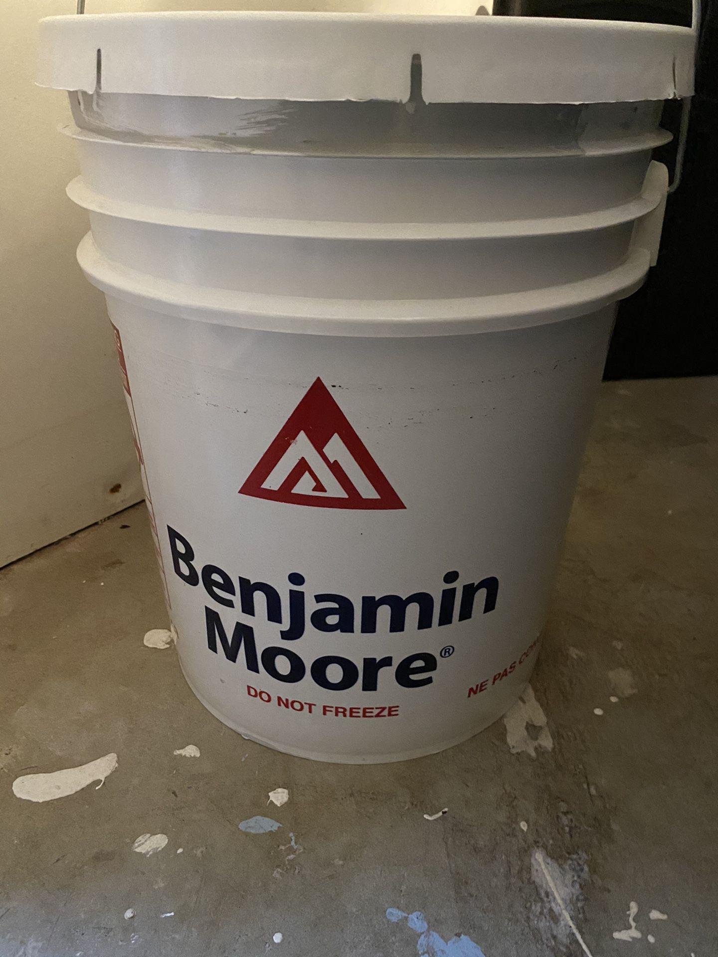 Benjamin Moore Stonington Gray 5 Gallons NEW!!!