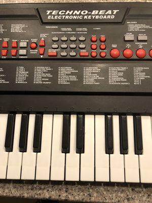 Musical Keyboard for Sale in Winter Garden, FL