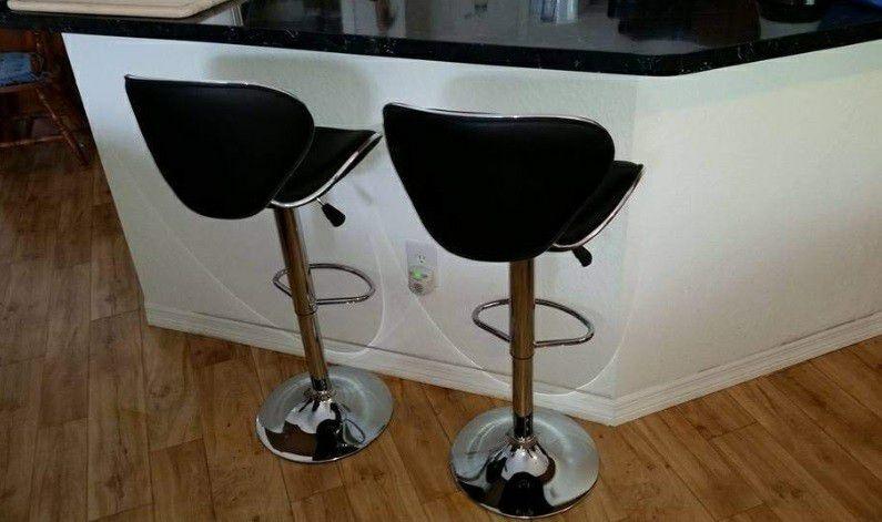 Set of bar stools brand new!!! Chairs sillas cadeiras