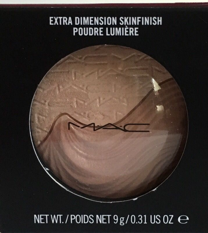 MAC Extra Dimension Skinfinish in Definitely Defined New