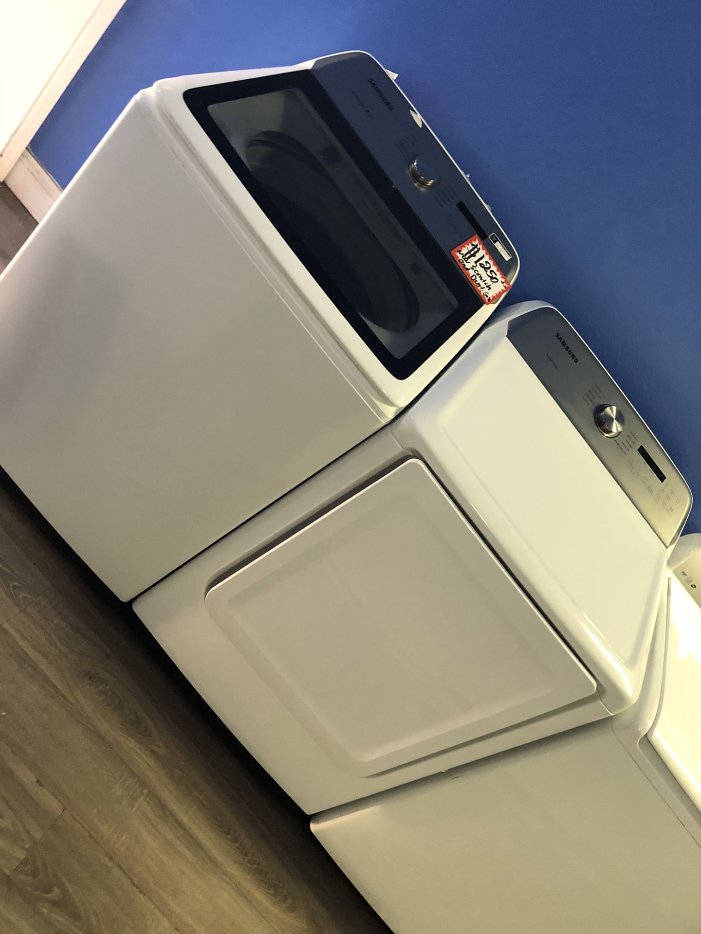 NEW SCRATCH AND DENT SAMSUNG FRONT LOAD WASHER AND DRYER SET WITH WARRANTY
