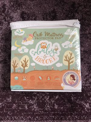Photo ORGANIC CRIB MATTRESS PROTECTOR- Baby and Brooke
