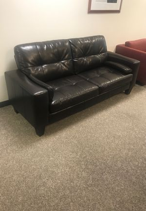 Strange New And Used Couch For Sale In Silver Spring Md Offerup Uwap Interior Chair Design Uwaporg