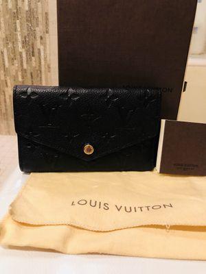 Louis Vuitton wallet for Sale in Leesburg, VA