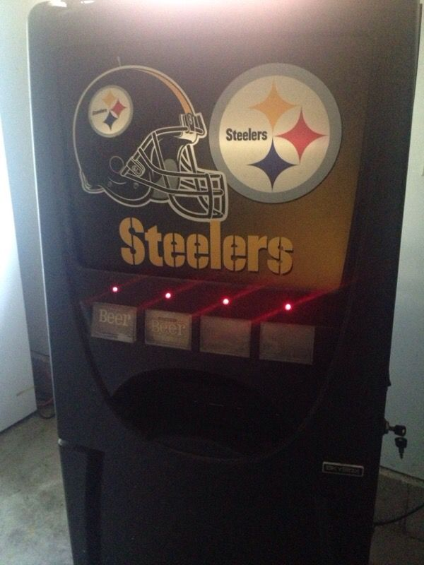 Pop Machine For Sale >> Steelers Skybox Personal Vending Machine For Sale In Sugarloaf Pa Offerup