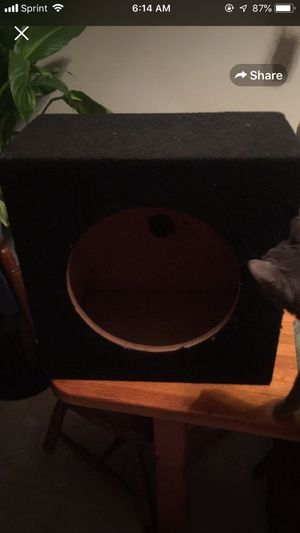 12 inch speaker box never used excellent condition for Sale in Stuarts Draft, VA