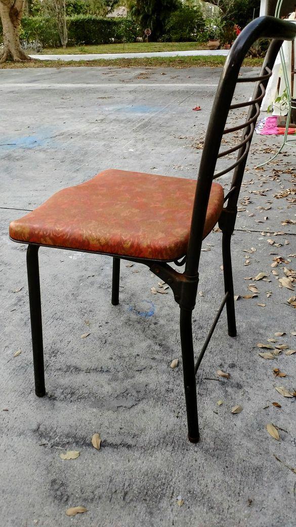Pleasing Vintage Cosco Hamilton Folding Chair Retro Metal Vinyl Creativecarmelina Interior Chair Design Creativecarmelinacom