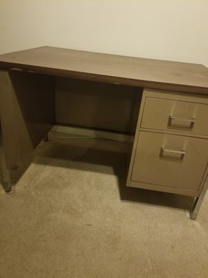Brown metal desk for Sale in Florissant, MO