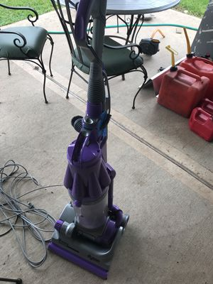 Dyson vacuum for parts for Sale in Houston, TX