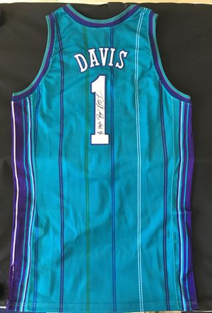 reputable site a85bc c19df Autographed Baron Davis Original Charlotte Hornets Jersey (Worn In Game)  for Sale in Charlotte, NC - OfferUp
