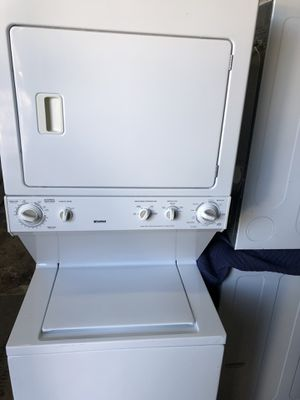 Stackable Kenmore 27 Inches for Sale in Kissimmee, FL