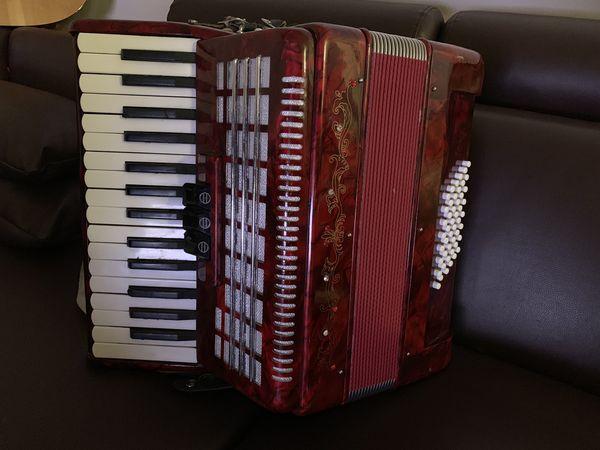 Scarlatti Piano Accordion, 48 Bass  Red for Sale in Los Angeles, CA -  OfferUp