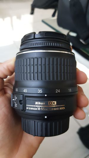 Nikon Lens DX AF-S 18-55mm for Sale in Miami, FL