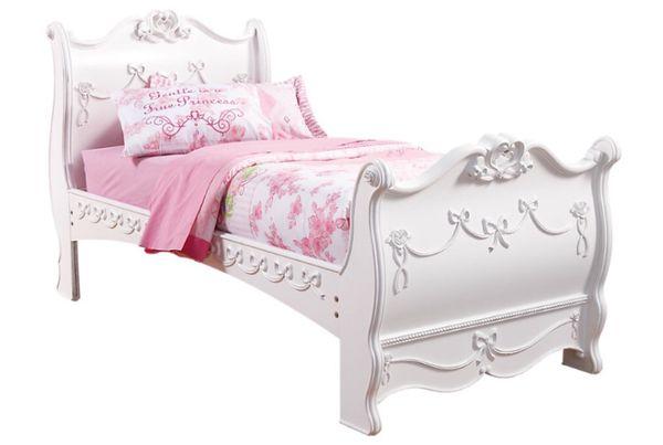 Rooms To Go Disney Princess White 4 Pc Full Bedroom For Sale In San