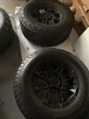 """Photo BLACK WHEELS AND ON 285-65-17"""" ALL TERRAIN TIRES / FITS CHEVY AND FORD"""