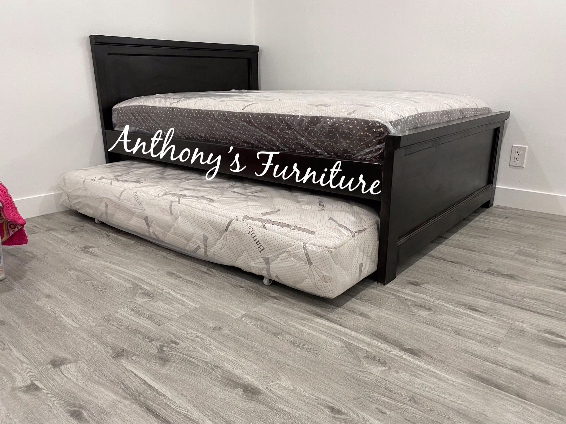 Full Bed & Twin Roll Out Mattress