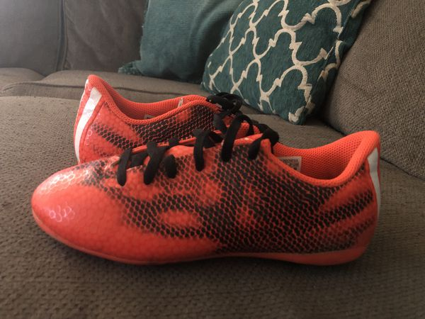 560c959e167c9 Adidas soccer cleats (taquetes para fútbol) for Sale in Phoenix