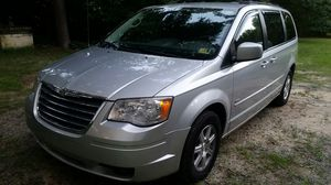 2008 TOWN AND COUNTRY LOADED SIGNATURE LIMITED EDITION VAN, ONLY 130,000 ORIGINAL MILES, ALL OPTIONS $5900. for Sale in Farmville, VA