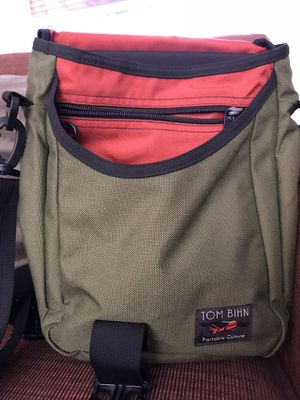 Tom Bihn Messenger Bag for Sale in Rockville, MD