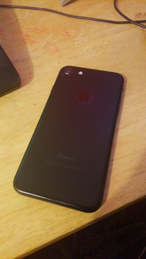 Iphone 7 32GB Unlocked A1660 for Sale in Rockville, MD