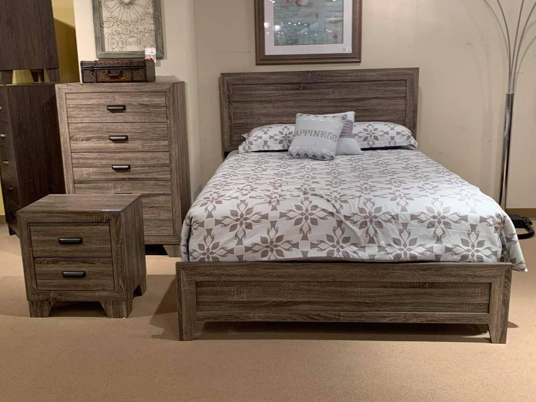 Millie Queen Panel Bedroom Set / Delivery Available / Weekend Sale