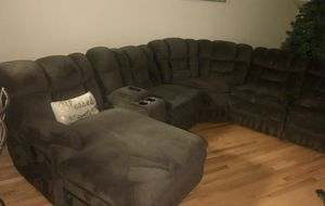 Power Reclining Sectional with Chaise (6-pieces) *BONUS* FREE Set of 3 Counter Height Bar Stools for Sale in South Riding, VA
