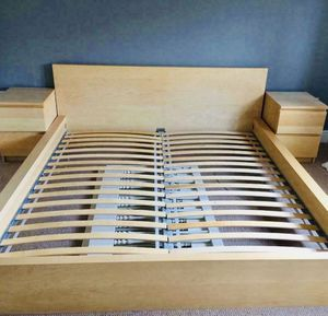 Photo Beautiful IKEA Malm Queen Size Bed Frame GOOD Condition