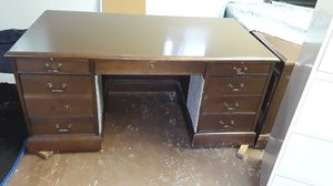 Office desk for Sale in Manassas, VA