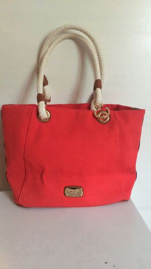 Authentic Michael Kors purse for Sale in Lynchburg, VA