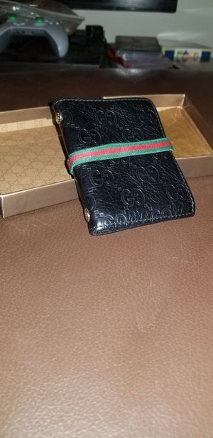 Authentic Gucci bifold wallet / card case for Sale in Arlington, VA