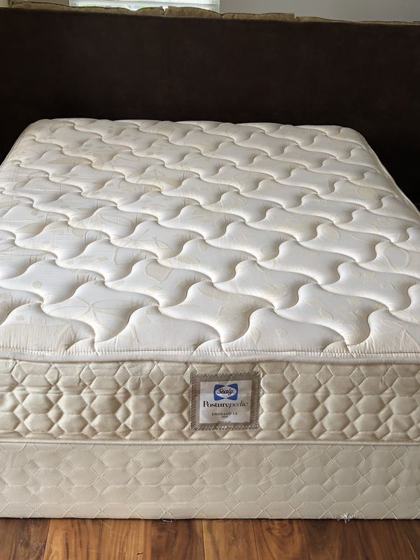 Used Sealy Posturepedic Queen Size Mattress And Box Spring