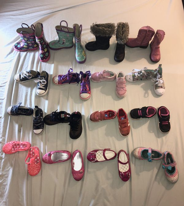 3cdeb2911c05 Little girl shoe lot! Size 8 toddler. Oakiwear