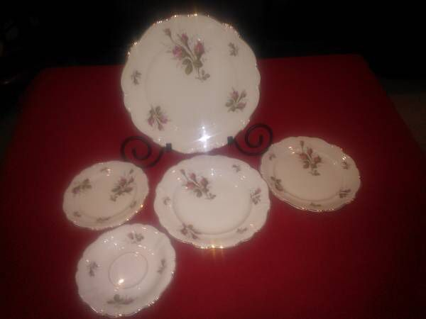 Vintage Rosenthal Moss Rose China for Sale in Fort Worth, TX - OfferUp
