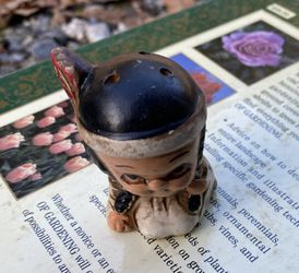 Indian Girl Pepper Shaker Thumbnail