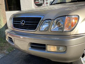2000 Lexus LX Thumbnail