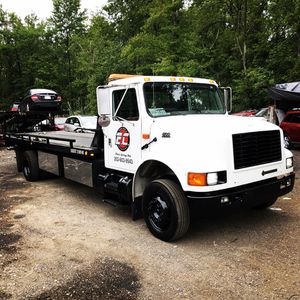 2001 International 4700 DT466 manual trans 6+1 for Sale in Silver Spring, MD