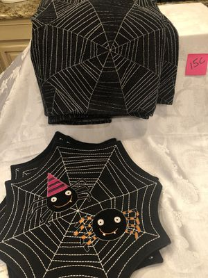 Halloween table cloth and placemats for sale  Owasso, OK