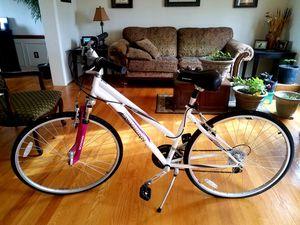 Schwinn Zeno Womens Bike New-ish for Sale in Middletown, MD