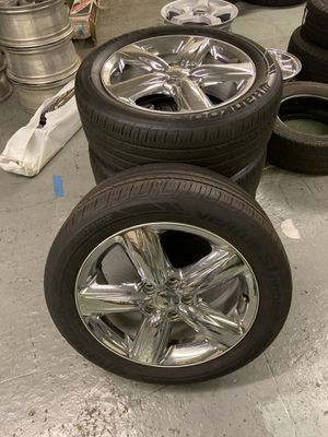 "Photo 20"" chrome Dodge Durango rims with used hankook tire 20% tread life left"