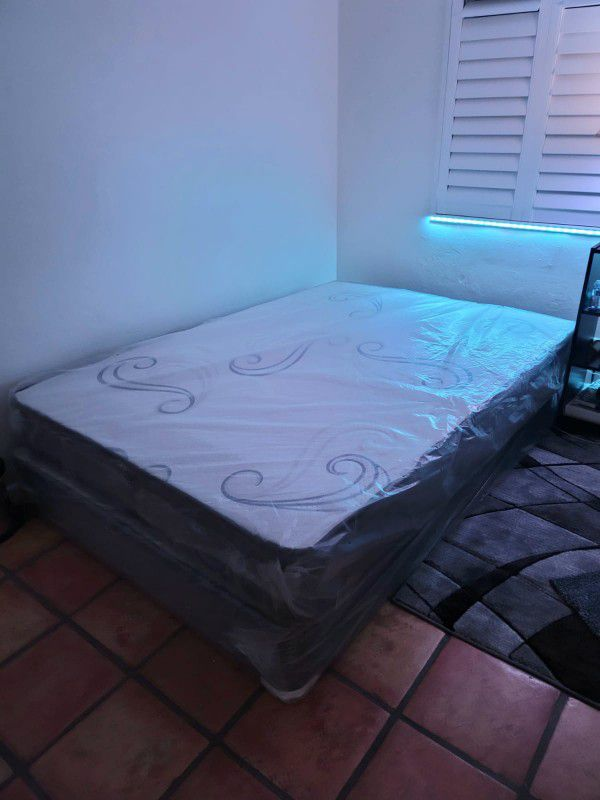 NEW FULL MATTRESS with BOX SPRING👌Bed frame is not included
