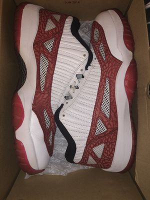 jordan retro 11s low still very fresh for Sale in Washington, DC