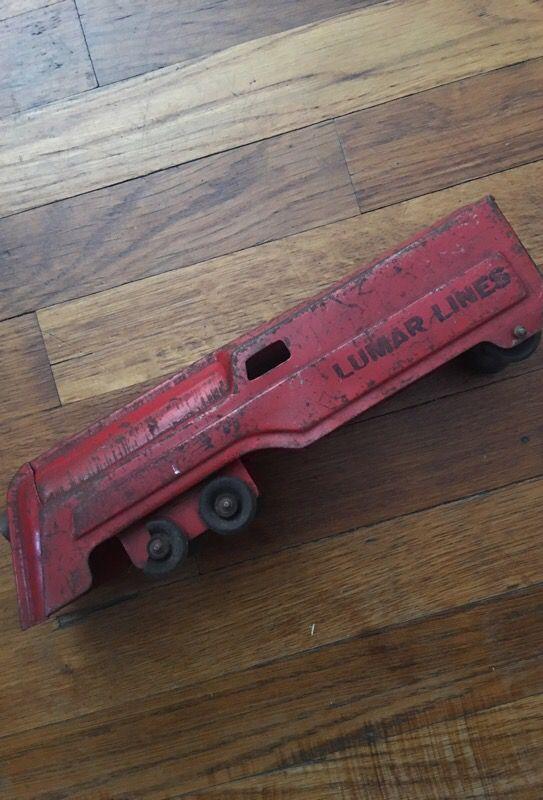 Vintage toy train /Lumar lines /great home decor piece
