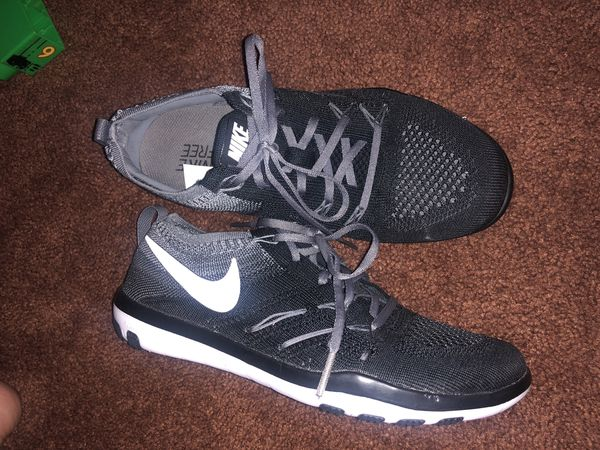 3ad466c73b491 Women s Nike free run flyknit for Sale in Downey