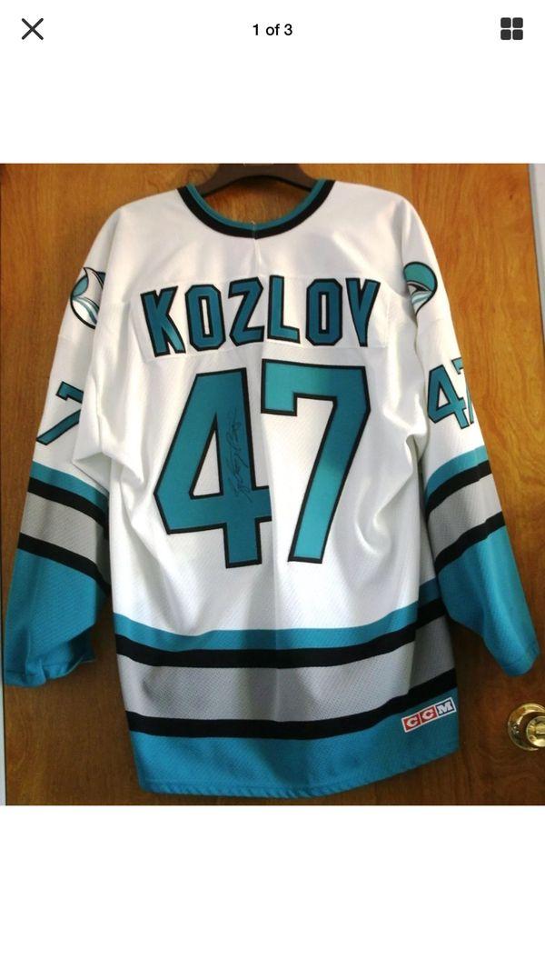 buy online 61e30 d55e8 Vintage 1991 San Jose Sharks Autographed Viktor Kozlov Jersey for Sale in  San Jose, CA - OfferUp