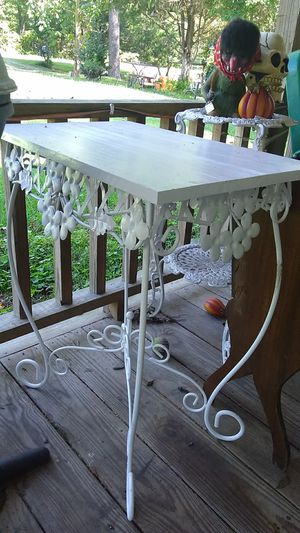 Antique table for Sale in Hillsborough, NC
